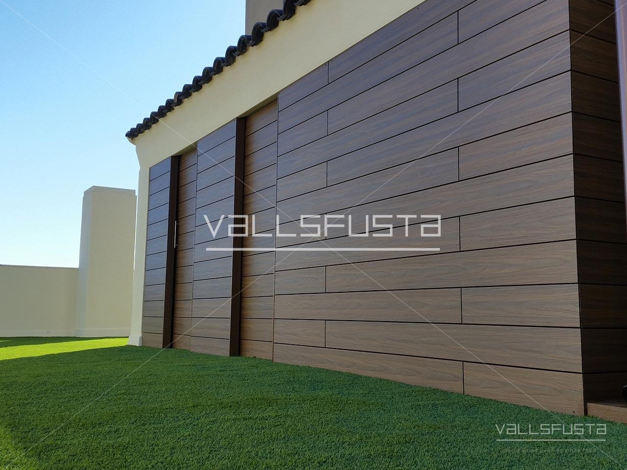 Tarima exterior Composite en paret